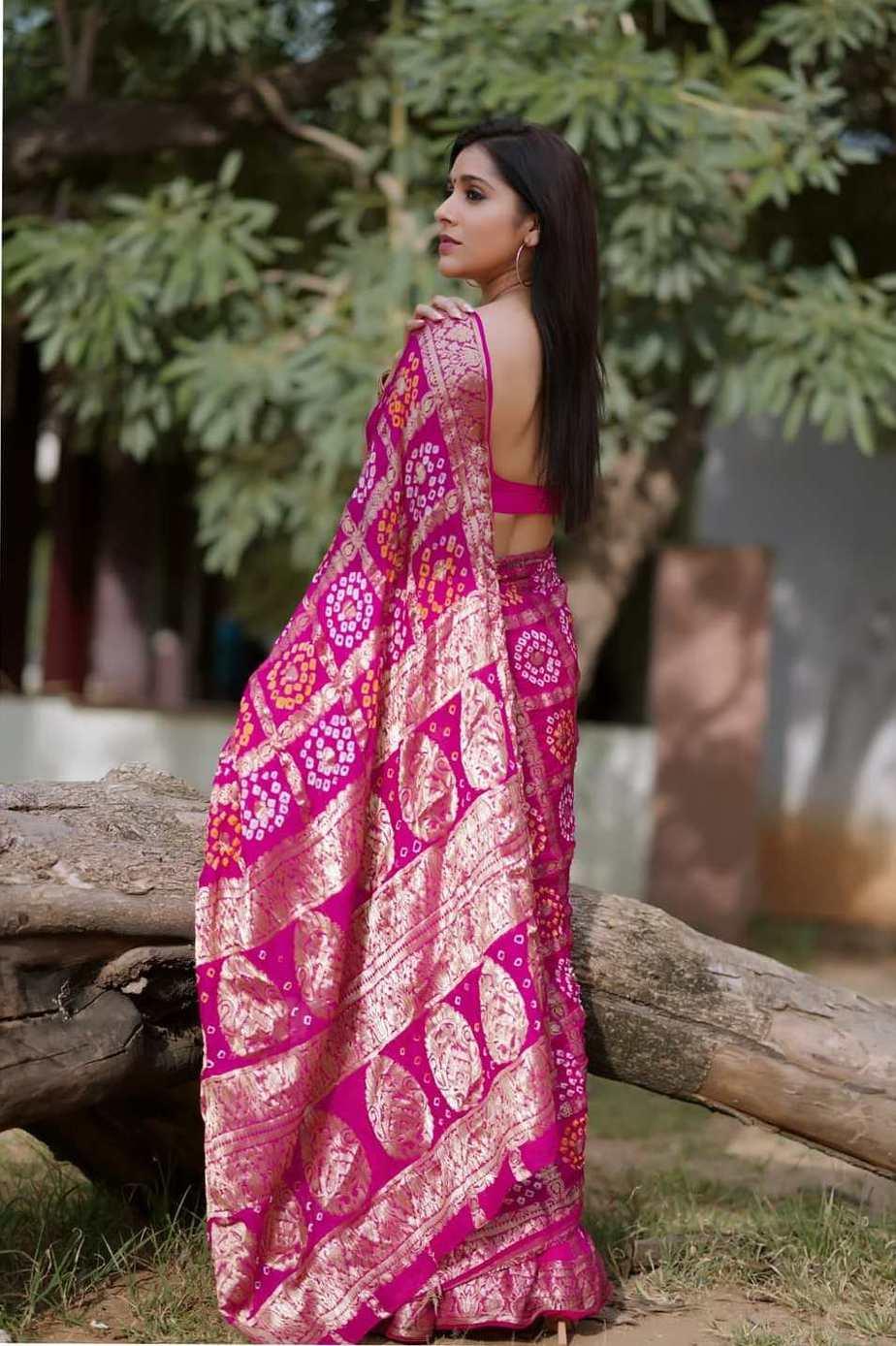 Rashmi gautam in a pink bandhej saree by anvitha-1