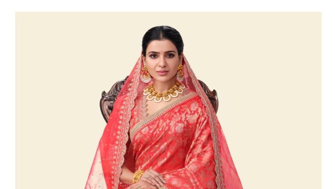 Samantha Akkineni in a red saree from golden threads by Kavitha gutta-1