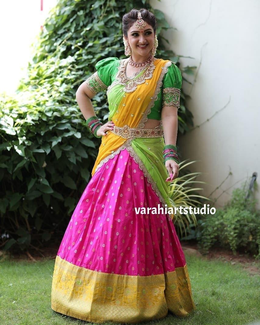 Sridevi Vijaykumar in a parrot green half saree by varahi art studio for comedy stars-3