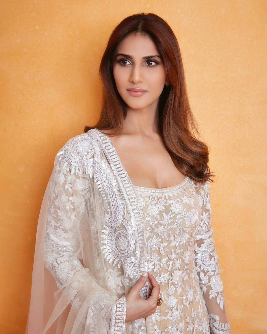Vaani kapoor in white kalidaar by manish malhotra for _Bell Bottom_ trailer launch-1