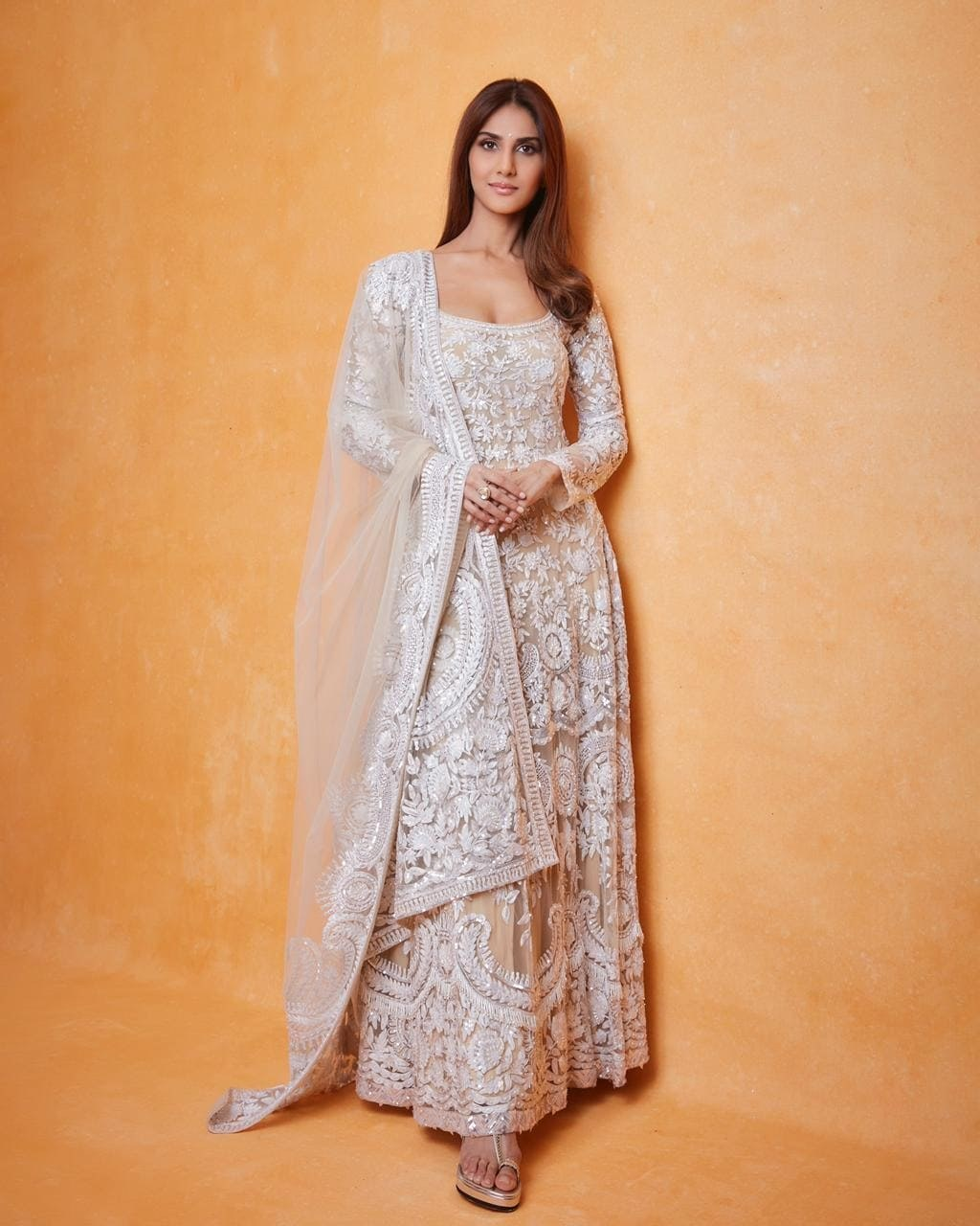 Vaani kapoor in white kalidaar by manish malhotra for _Bell Bottom_ trailer launch-3