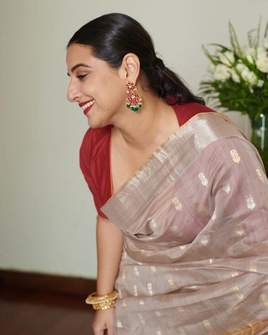 Vidya Balan in hazelwood saree by Maati crafts-3