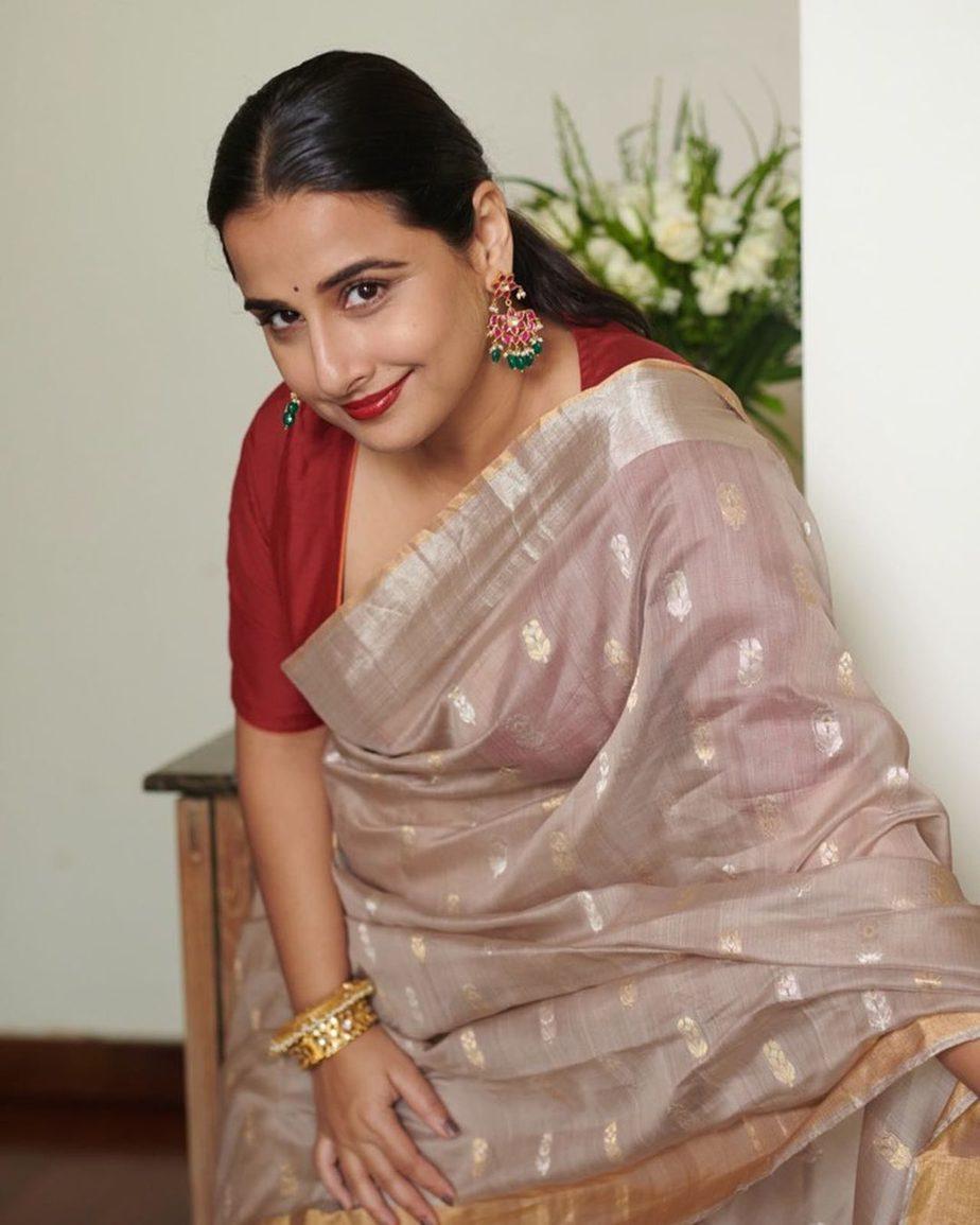 Vidya Balan in hazelwood saree by Maati crafts-4