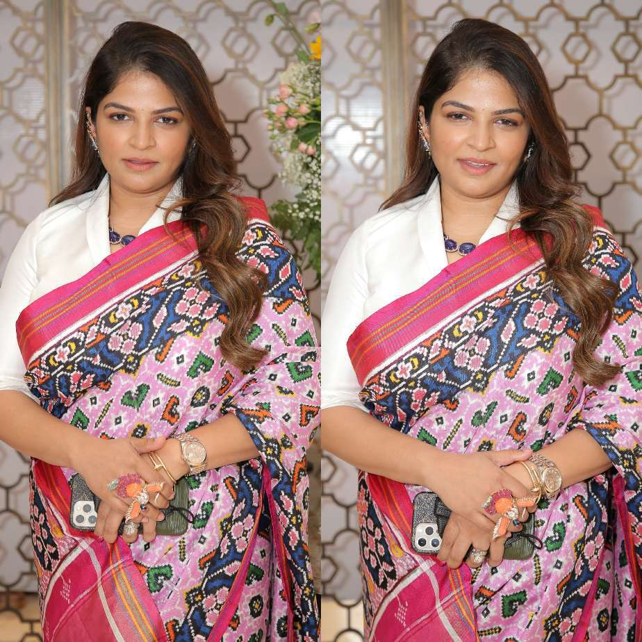 Viranica Manchu in a pink double ikat saree b y Label vida for a store opening-1.1