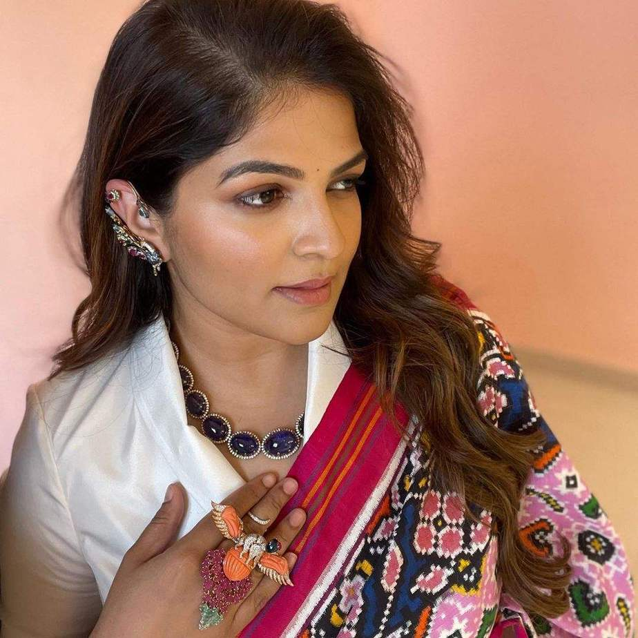 Viranica Manchu in a pink double ikat saree b y Label vida for a store opening-1
