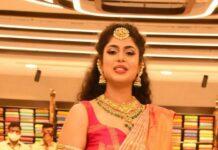 faria abdullah in brand mandir kanchipuram saree for shop opening