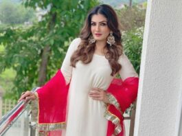 raveena tandon in red-white suit from ruar india