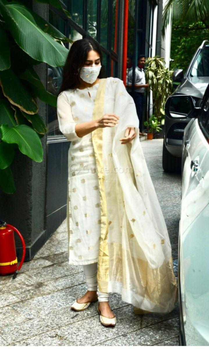 sara ali khan in an ivory suit set -1.2