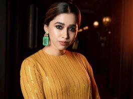 Aarti Ravi in a yellow kurta set by Sabyasachi-1