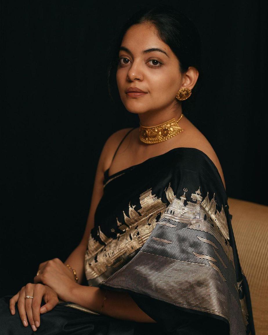 Ahaana Krishna in a black saree by ange bu OKJ Signet-2