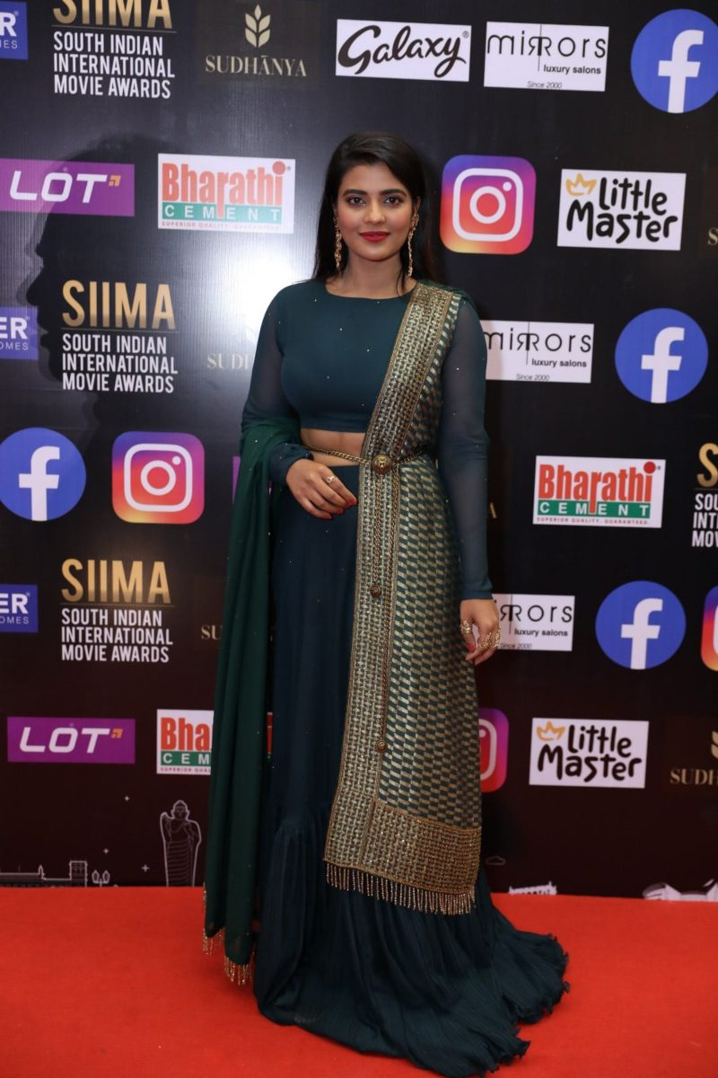 Aishwarya rajesh in a green lehenga set for SIIMA 2021-1