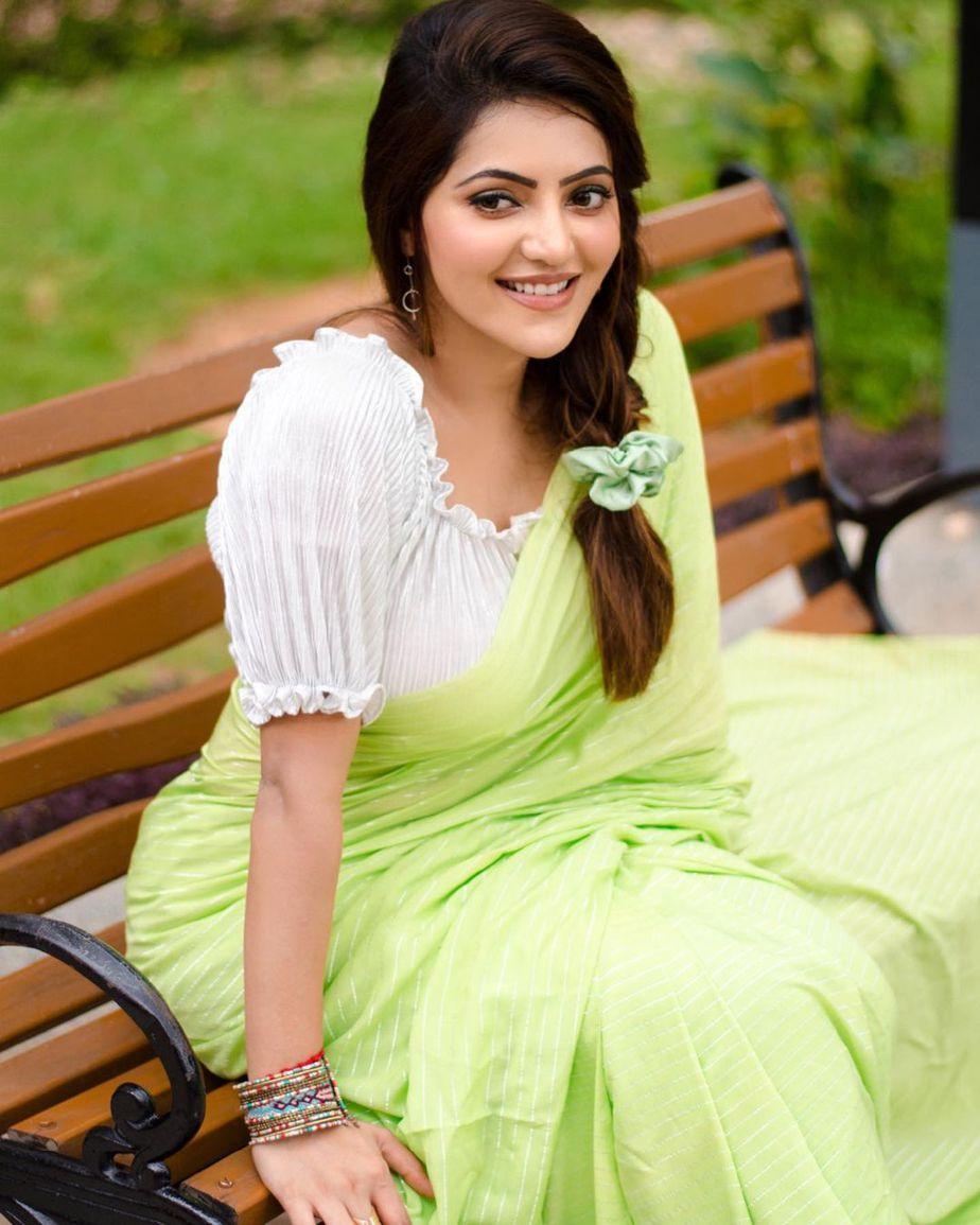 Athulyaa Ravi in a pear green saree by label pavishka-4