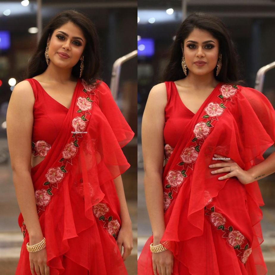Faria Abdullah in ared pre draped saree by Sushma Reddy for SIIMA 2021-1