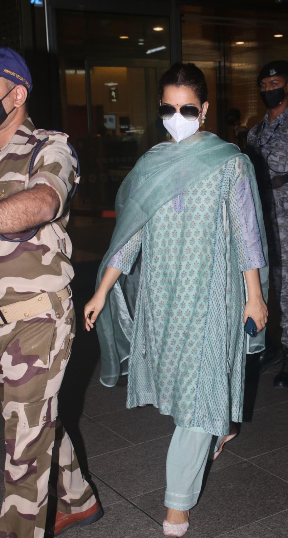 Kangana Ranaut in a pistachio green kurta set at the airport-4