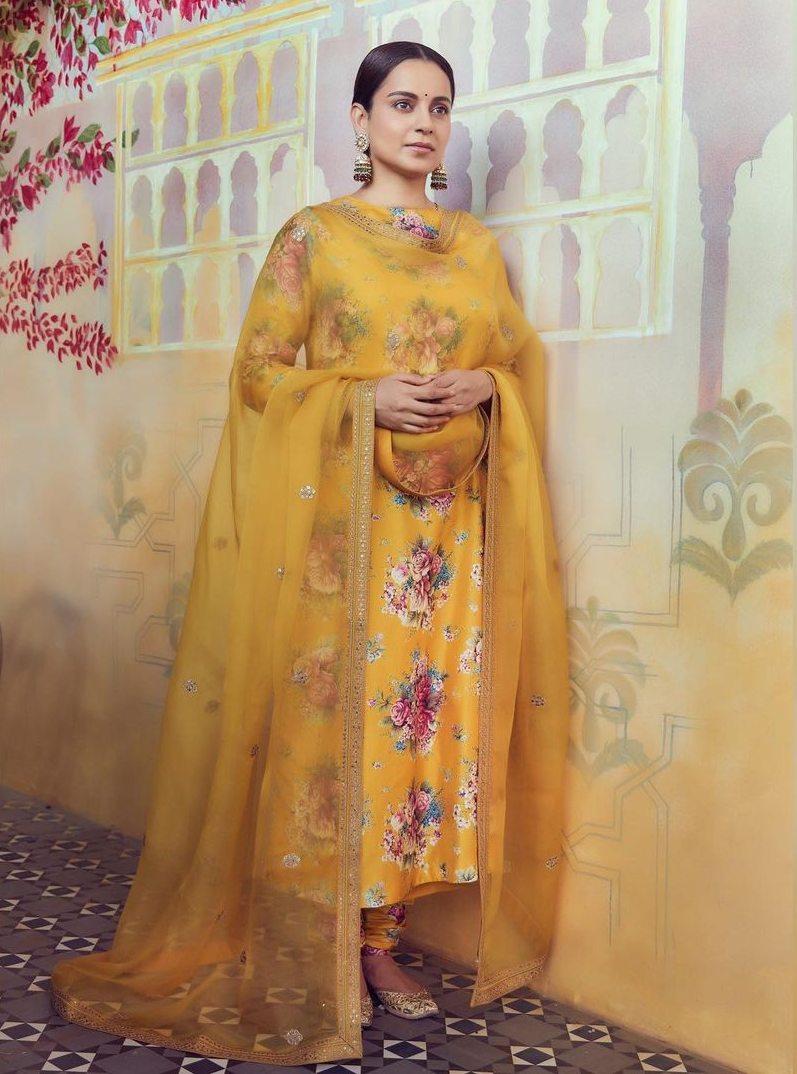Kangana Ranaut in yellow Sabyasachi kurta set for Ganesh chaturthi