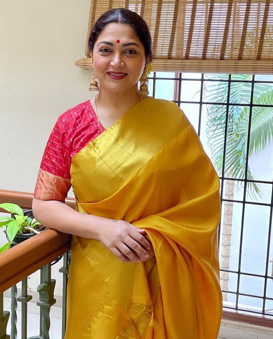 Kushboo Sundar in a yellow pattu saree for Ganesh Chaturthi-2