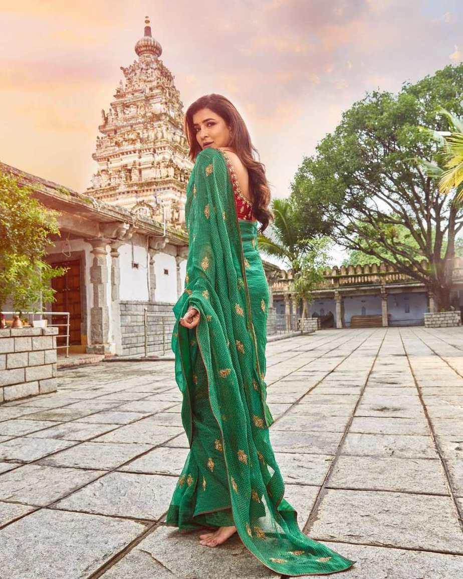 Lakshmi Manchu in a green saree-1