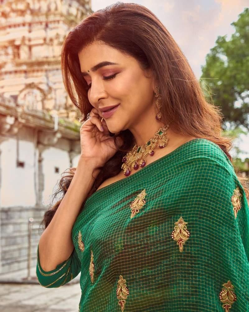 Lakshmi Manchu in a green saree-2