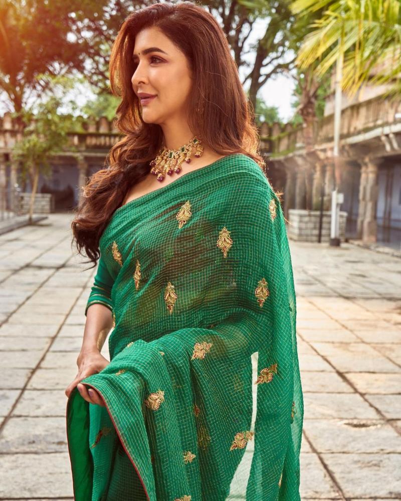 Lakshmi Manchu in a green saree-3