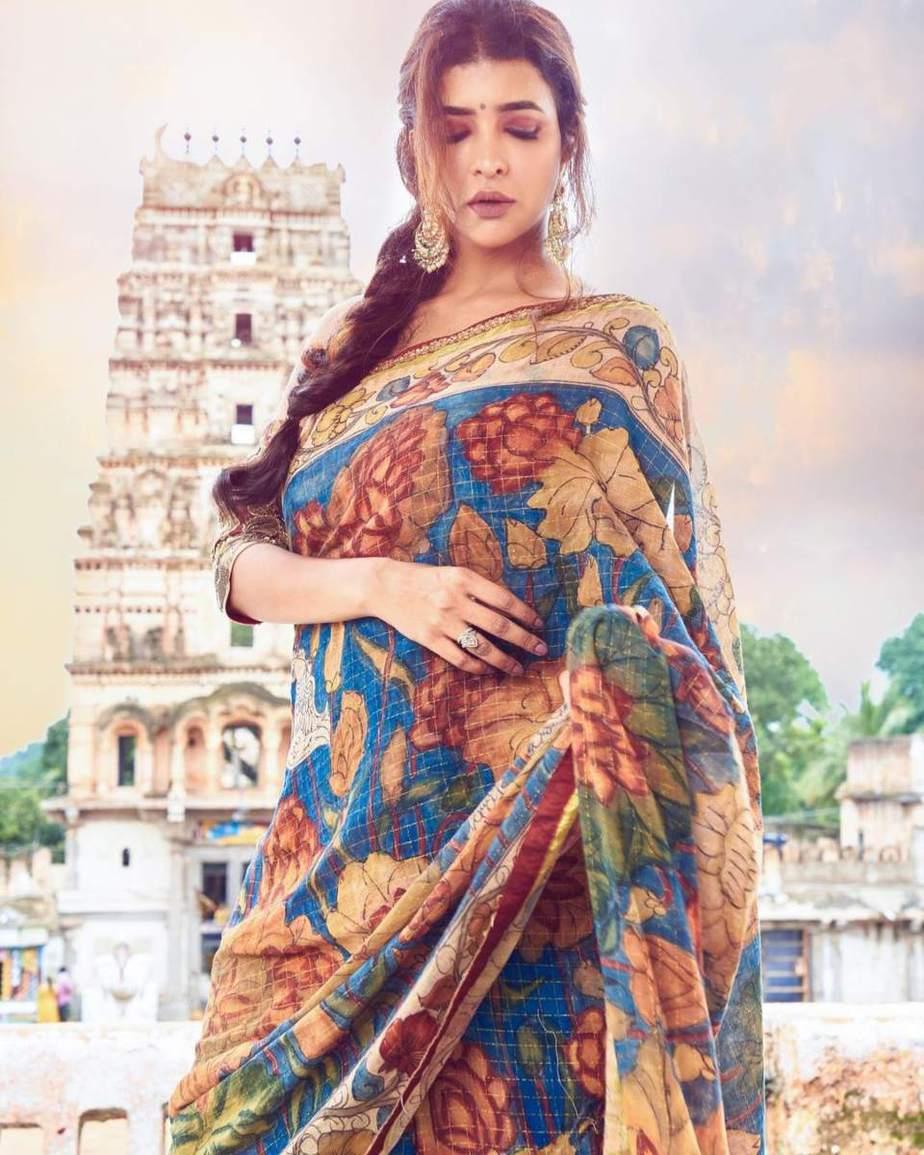 Lakshmi Manchu in a kalamkari saree-4
