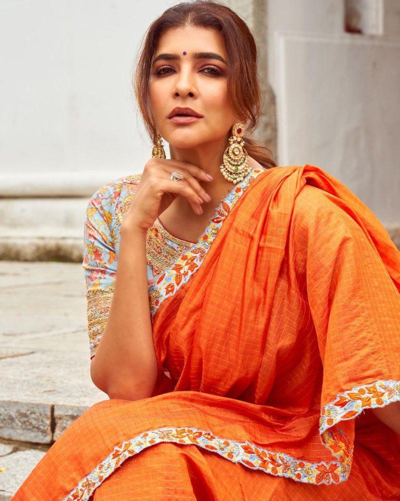 Lakshmi Manchu in an orange saree-2