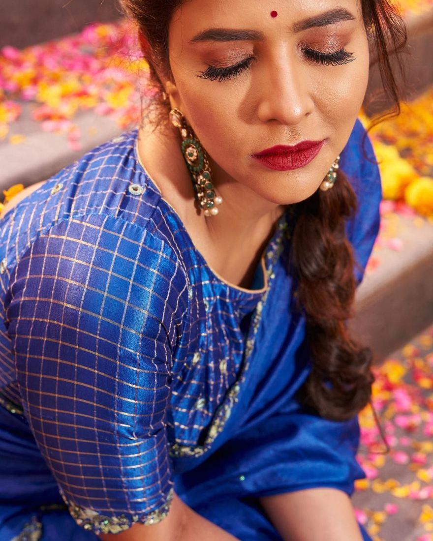 Lakshmi manchu in a blue saree