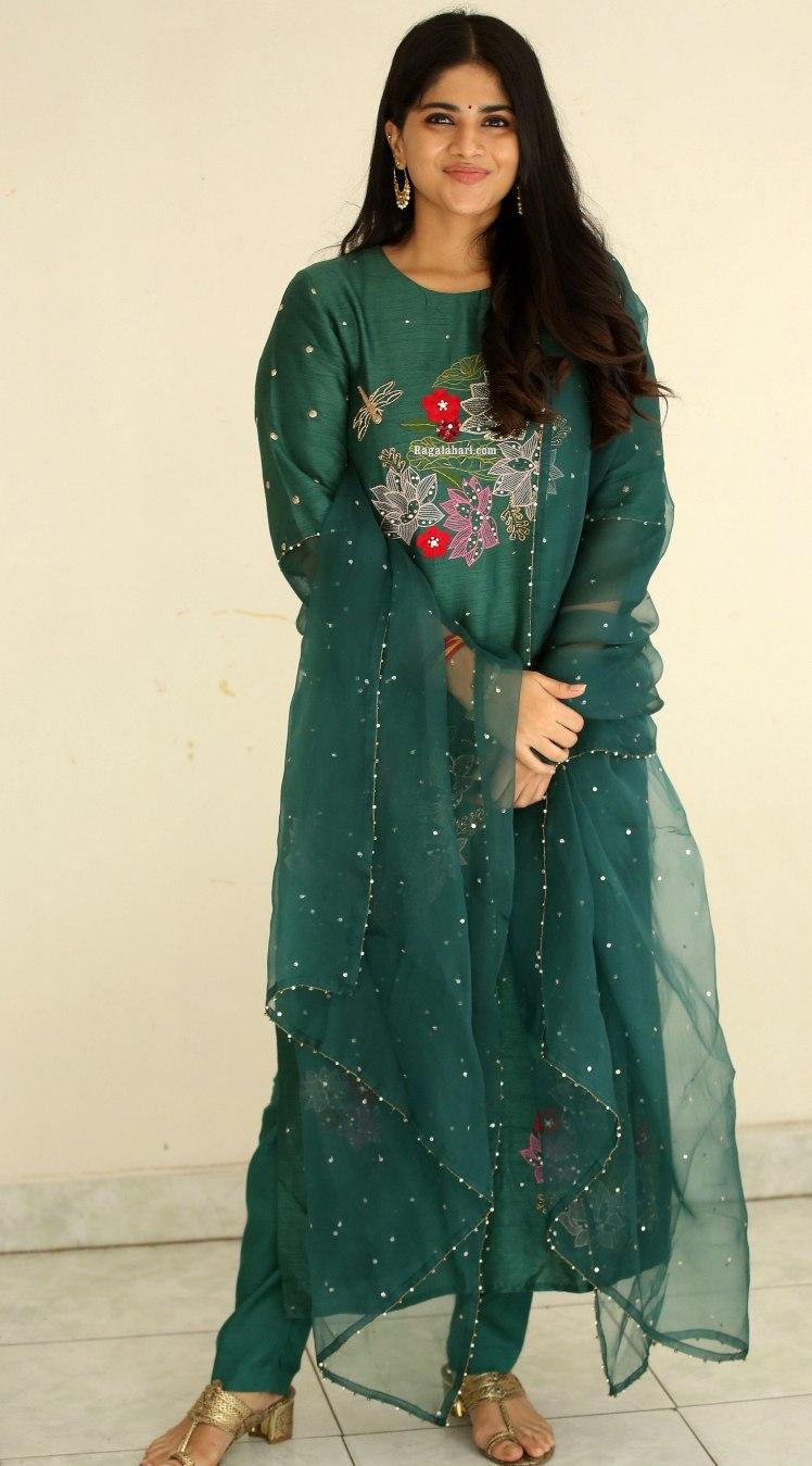 Megha Akash in a forest green kurta set by Tavare clothing for dear megha thanks meet-featured