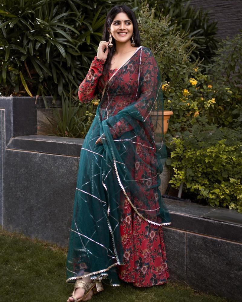 Megha Akash in a geethika Kanumili red floral anarkali for dear megha-2