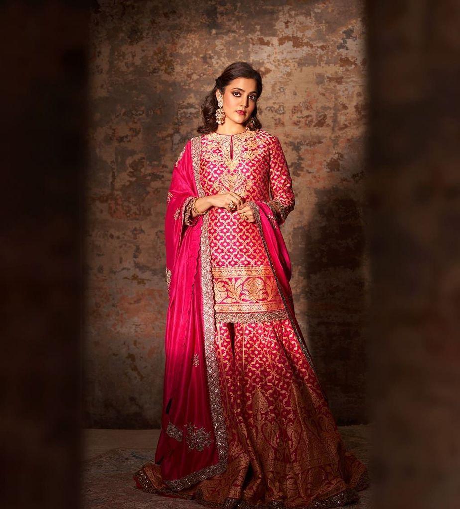 Nisha Aggarwal in a pink kurta set by Jayanti Reddy Label-2