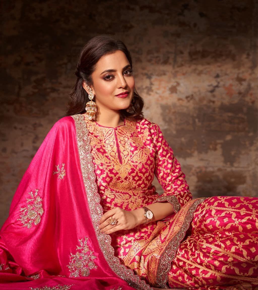 Nisha Aggarwal in a pink kurta set by Jayanti Reddy Label-3
