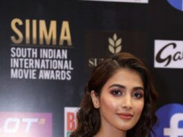 Pooja Hegde in a black gown for SIIMA-2021-1.2