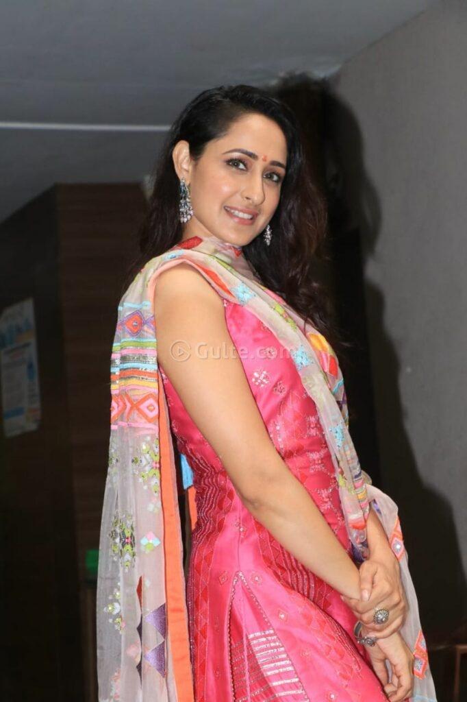 Pragya jaiswal in pink sukrit -aakriti for Ganesh Chaturthi-2
