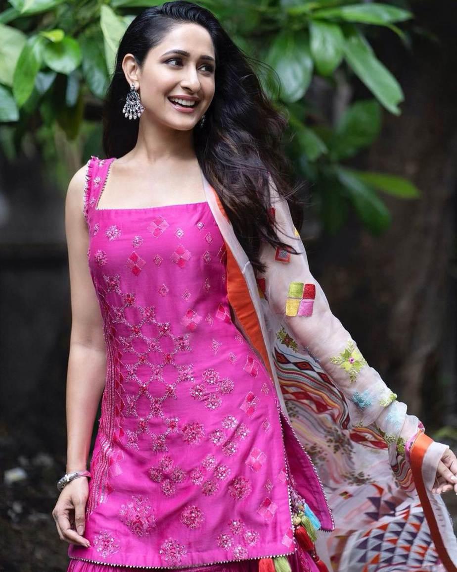 Pragya jaiswal in pink sukrit -aakriti for Ganesh Chaturthi