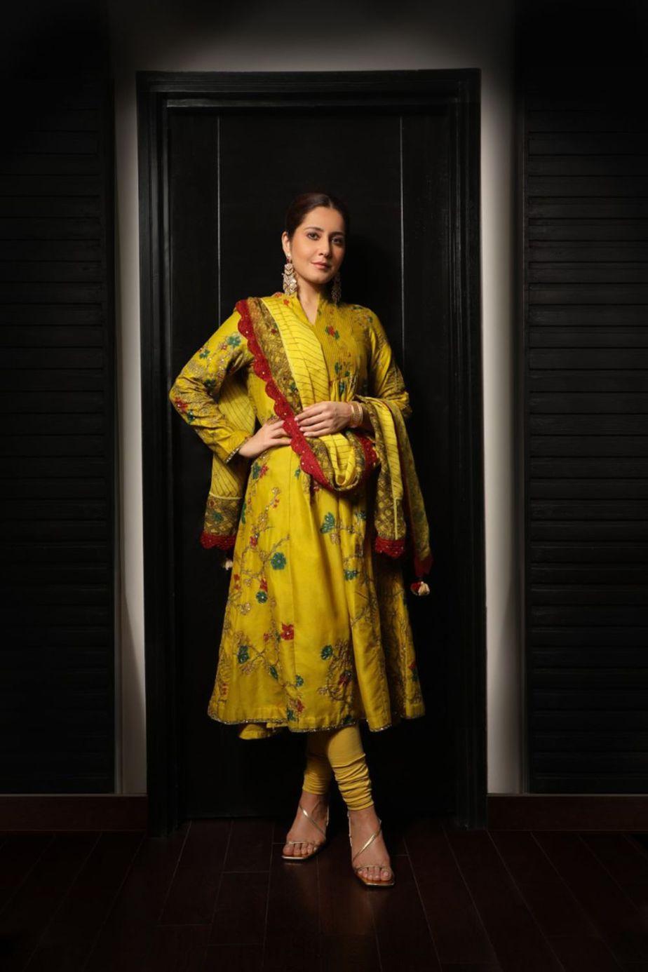 Raashii Khanna in mustard Archana Jaju for Tughlaq Durbar-1