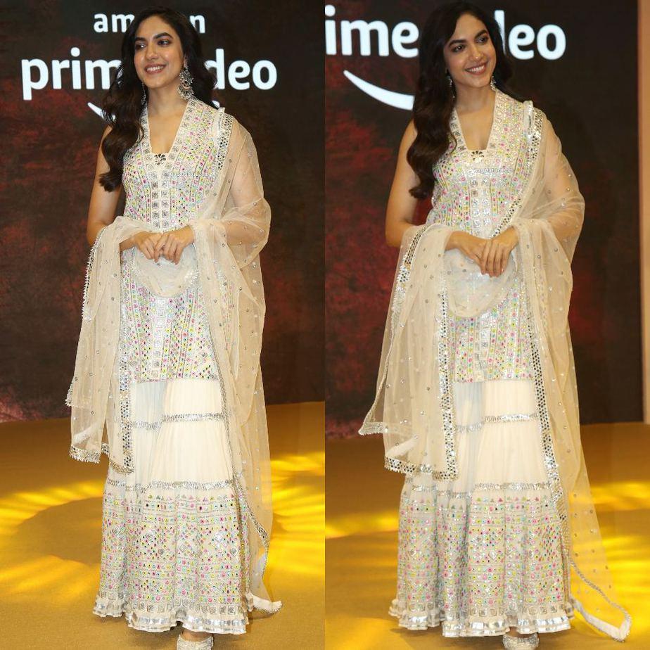 Ritu varma in white pernia's pop outfit for tuck jagadish trailer release-2
