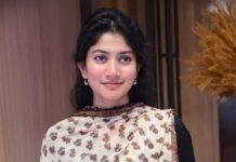 Sai pallavi in a black anrkali by Ritu Kumar for love story success meet-3