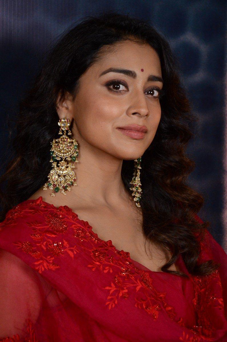 Shriya Saran in a red sharara set for gamanam press meet-2