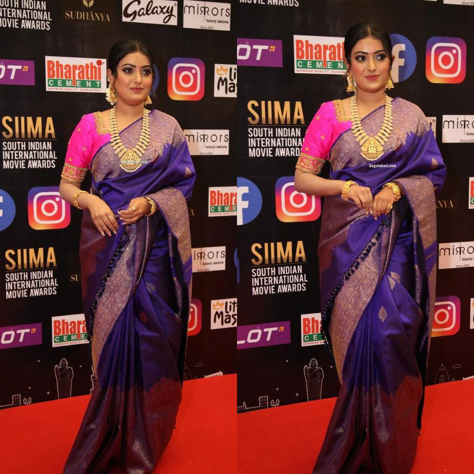 Sonika Gowda in a violet pattu saree at SIIMA 2021-1