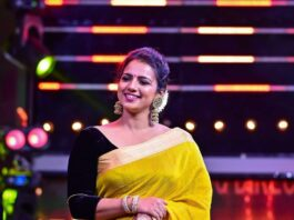 Sruthi Hariharan in a yellow saree by sawenchi for siima day2-1
