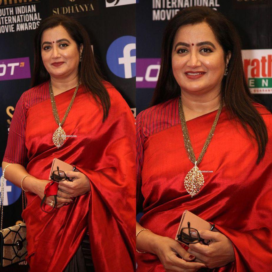 Sumalatha Ambareesh in a multi coloured saree for SIIMA-2021-2