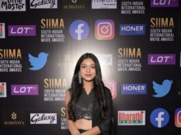 Varsha Bolamma in a black saree gown for SIIMA 2021-1,2