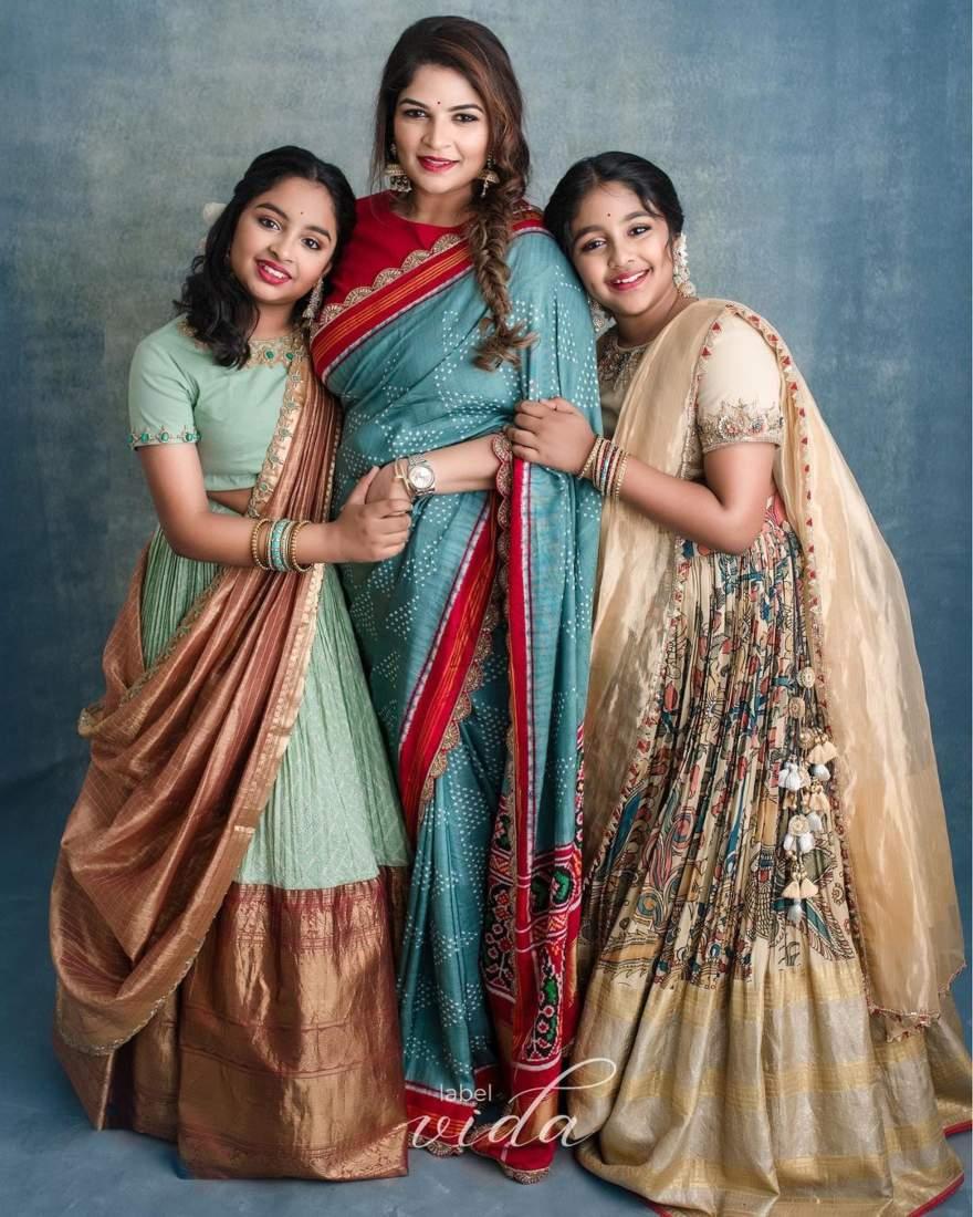 Vishnu Manchu and family in label vida for ganesh chathurti-4