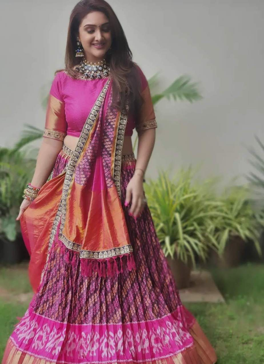 sridevi Vijaykumar in pink patola leehnga by Neeru's for comedy stars-4