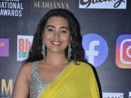 shivatmika rajasekhar in yellow saree at siima awards 2021 (2)