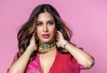sophie choudry in red saree from ridhi mehra