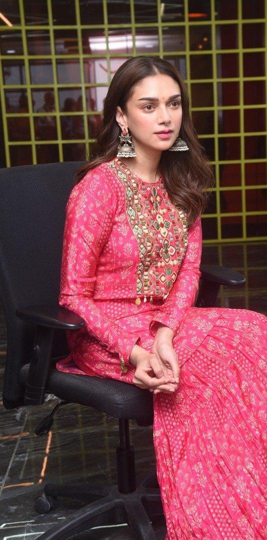 Aditi Rao Hydari in pink Sharara set by label anushree for mahasamudram press meet-2