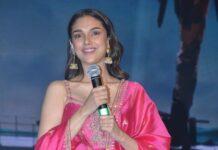 Aditi Rao Hydari in pink punit balana outfit at mahasamudram pre release event-1.1