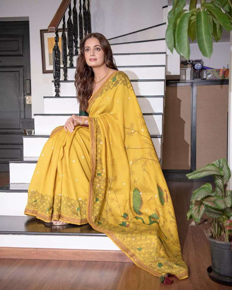 Dia Mirza in a mustard saree by archana jaju for womens of change award-1