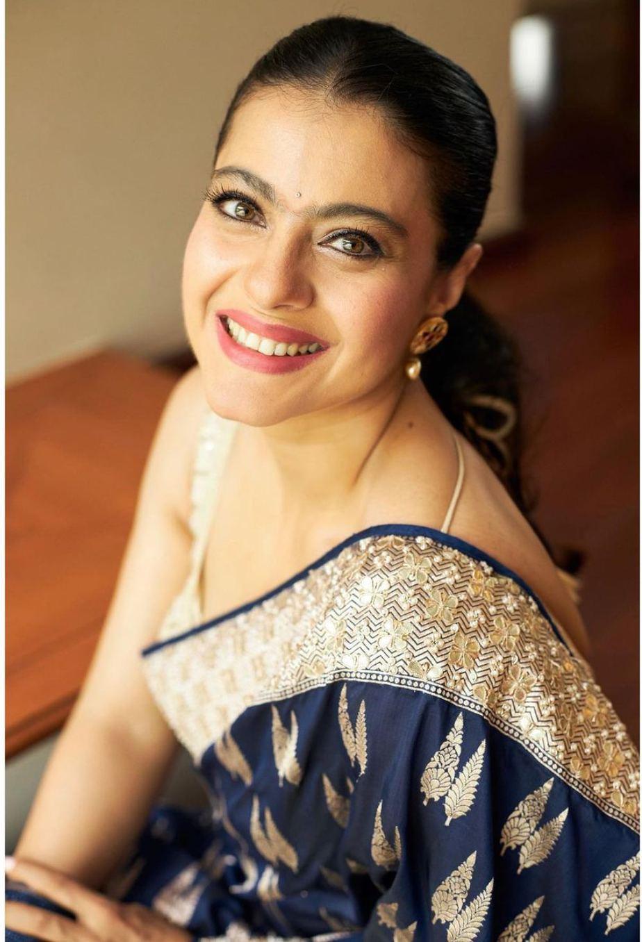 Kajol in a navy blue anita dongre saree for Durga Ashtami-1