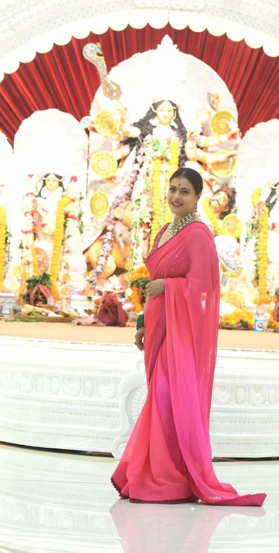 Kajol in pink saree by Punit balana for durga puja day1-2